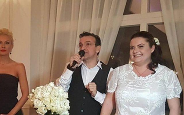 Зуека се ожени